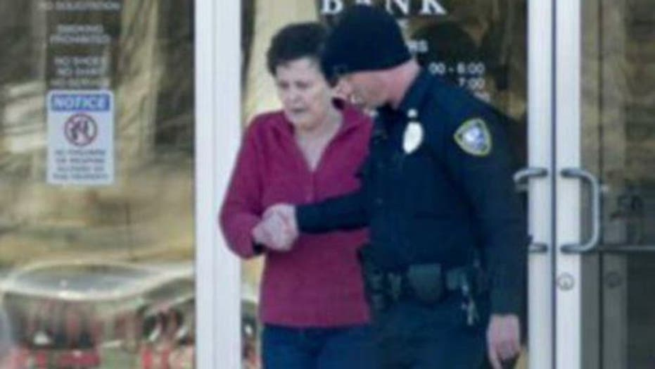 Cops: Grandma Forced to Rob Bank with Bomb Strapped to Leg