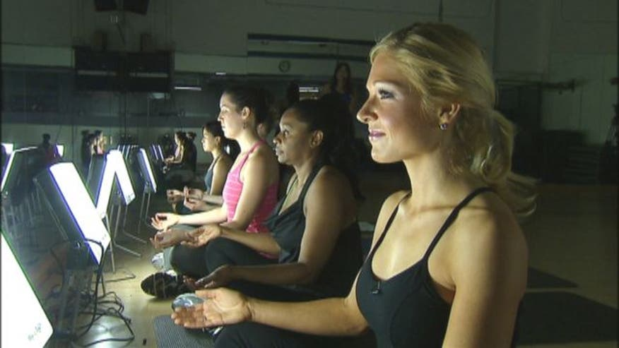 For the 13 million Americans that suffer from seasonal affective disorder, staying motivated to go to the gym can be harder than ever. Fox News' Anna Kooiman stops into New York Sports Club to try a new class that uses light therapy to beat the winter blues