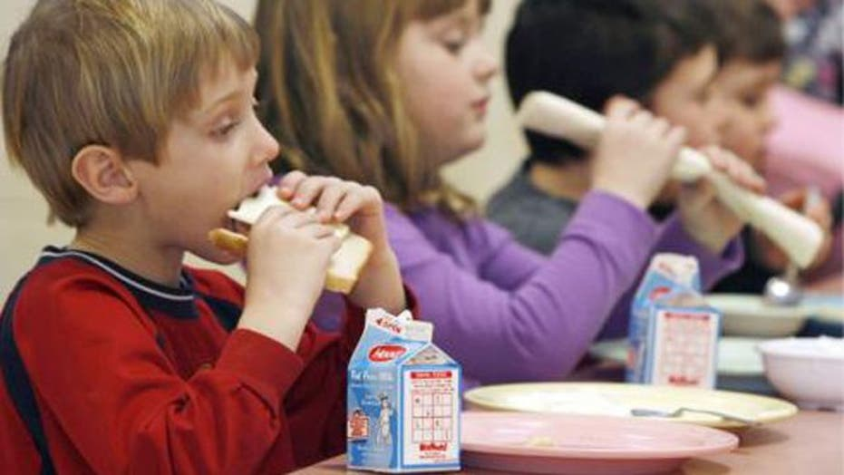 School takes homemade lunch, replaces with chicken nuggets
