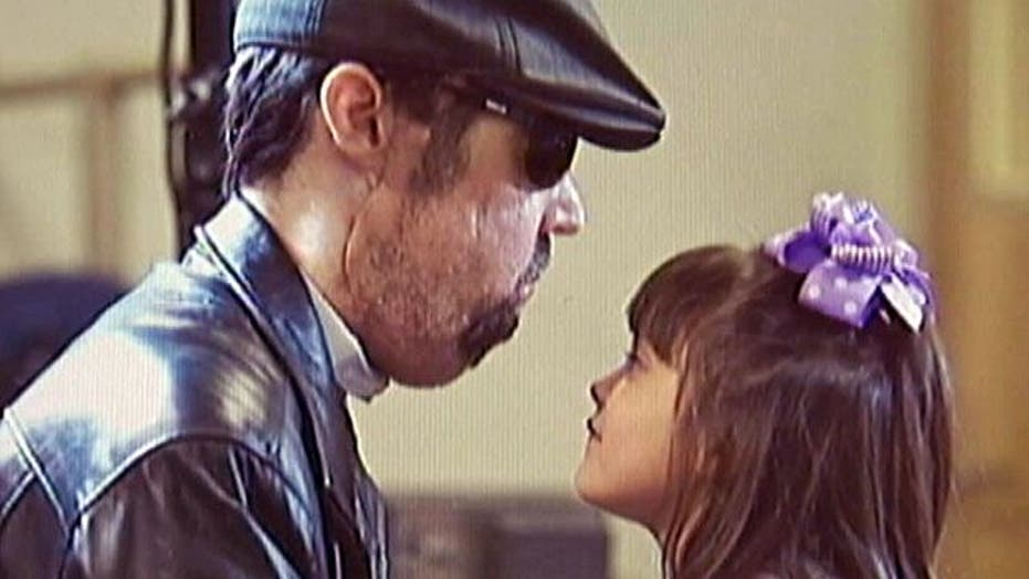 Face transplant recipient feels daughter's kisses again