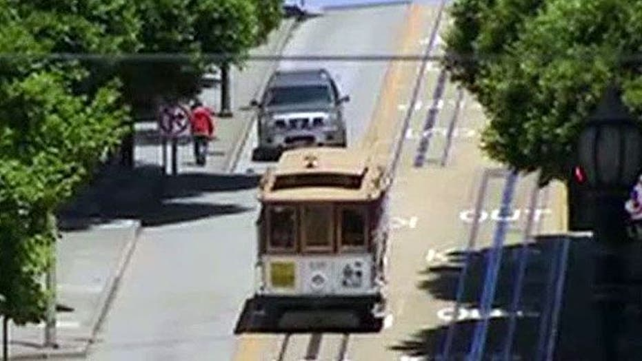 Street cars, trolleys making a comeback