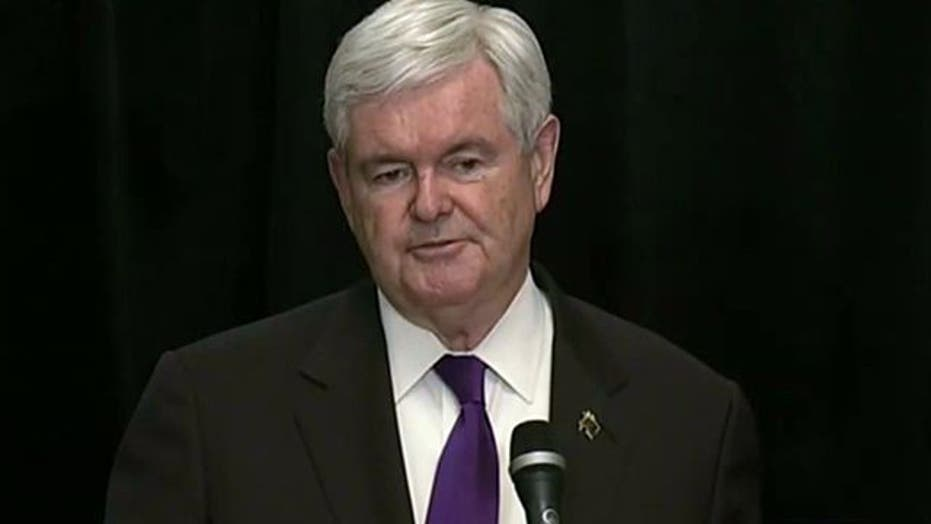 Newt Gingrich suspends presidential campaign