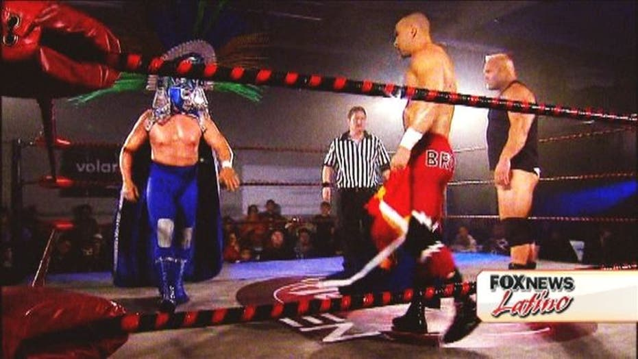 Pro-Wrestlers Grapple With the Issues