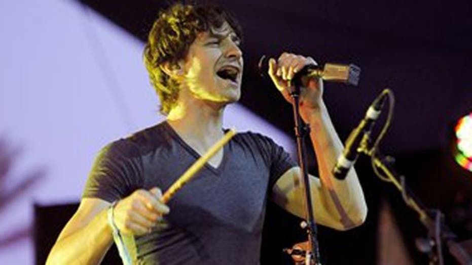 Gotye remains at number one