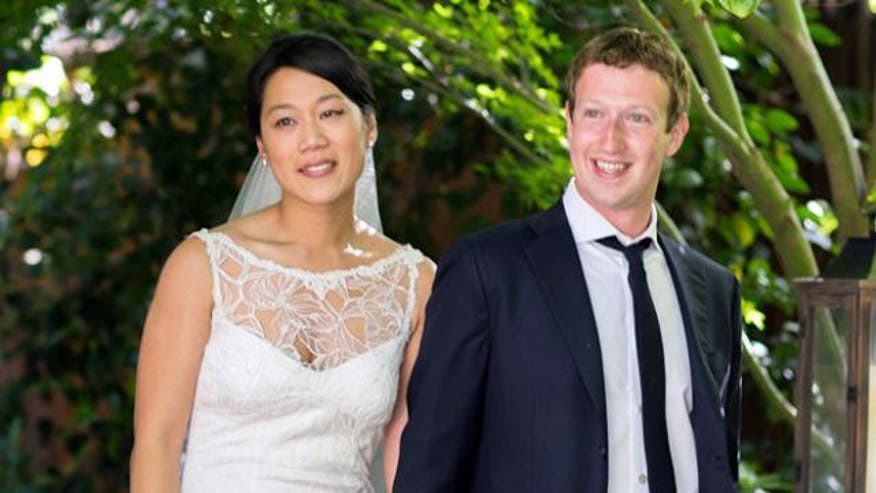 Facebook founder marries longtime girlfriend one day after historic stock offering