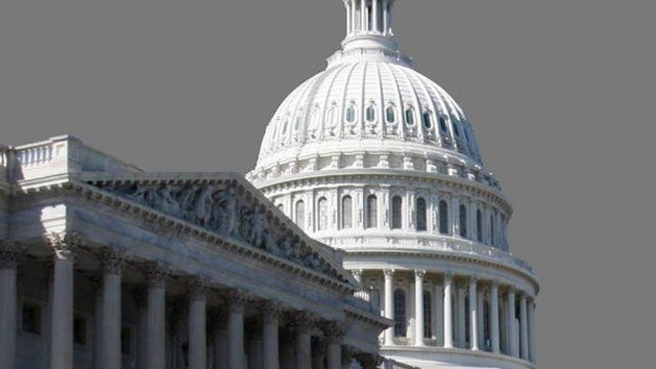 CBO warns of US falling off 'fiscal cliff'