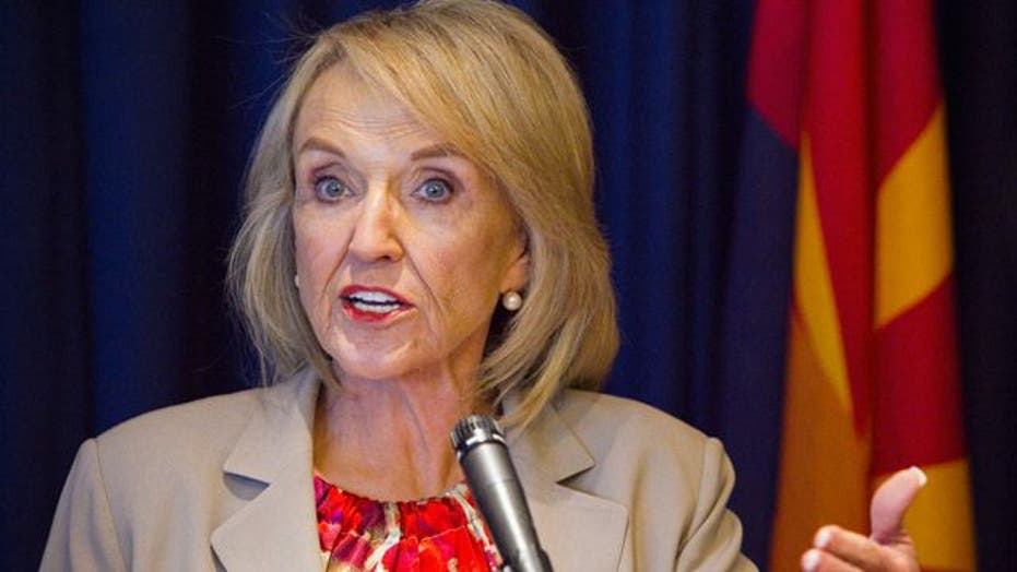 AZ governor reacts to new WH policy on illegal immigrants
