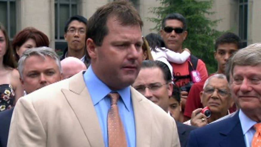 Former MLB star addresses reporters after acquittal on federal perjury charges