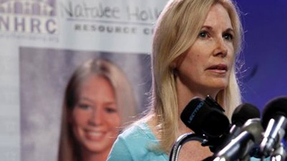 Natalee Holloway's mother sues National Enquirer
