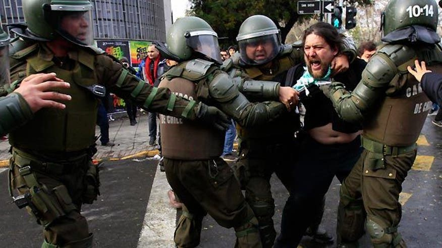 Protesters angry over education costs in Santiago