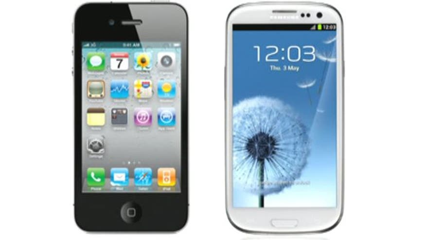 Apple accuses Samsung of copying designs