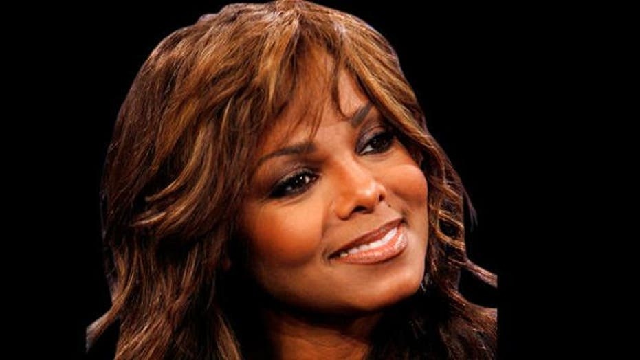 Janet jumps into Jackson feud
