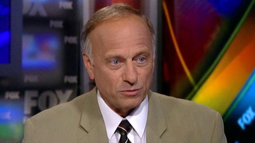 Rep. Steve King standing strong against Boehner's debt deal
