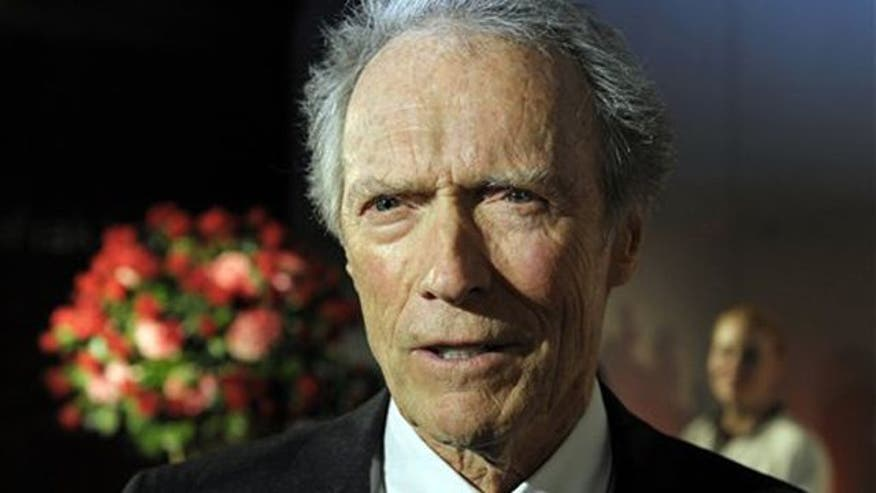 Clint Eastwood backing GOP in 2012