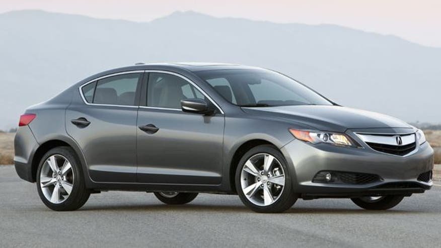 Fox Car Report drives the 2013 Acura ILX