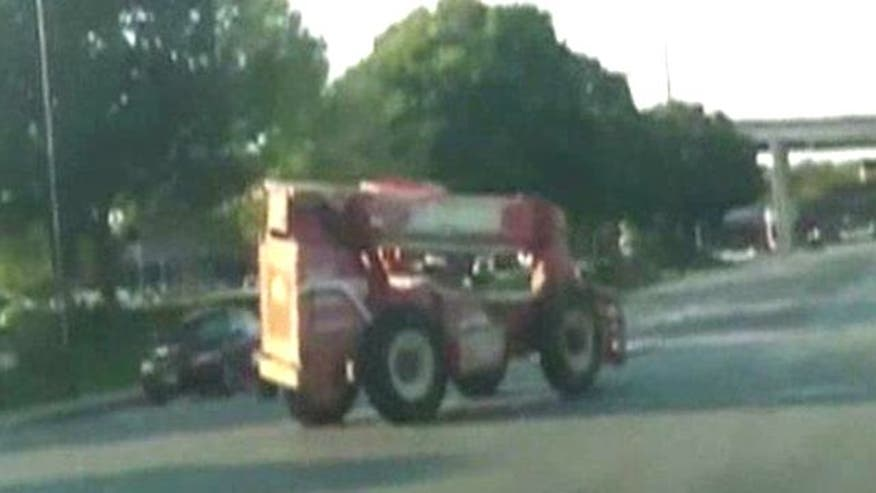 Man driving forklift leads cops through streets of Fort Worth