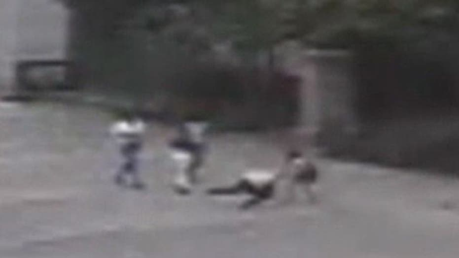 Brutal Attack By Teen Mob in Philadelphia