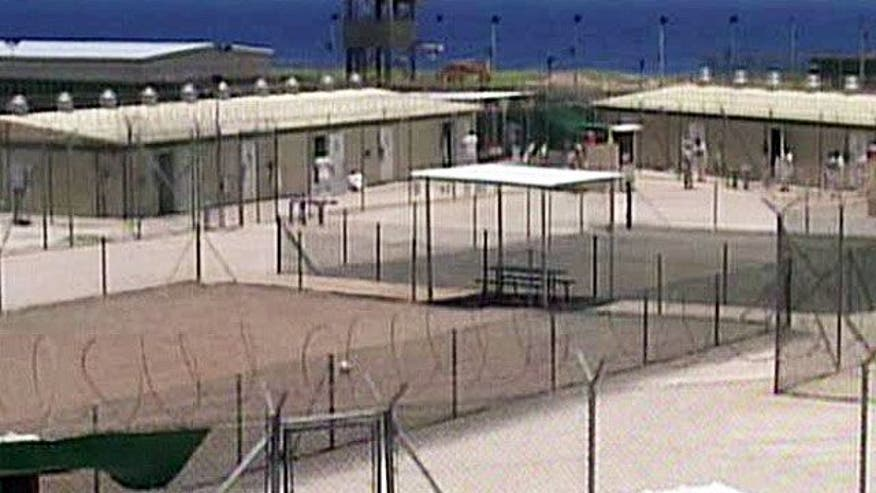 Guantanamo hearing stalled by computer network