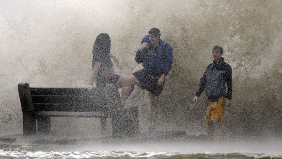 New Orleans watches levees as Isaac slowly churns ashore