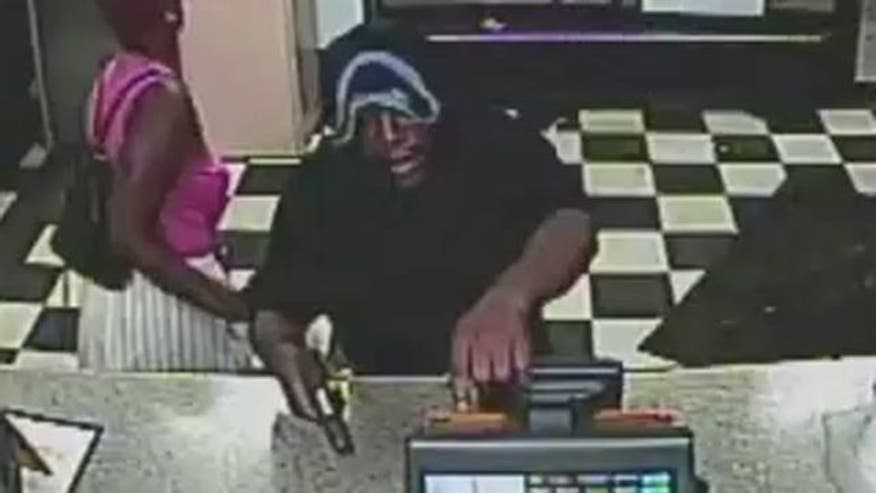 Raw video: New Orleans police search for armed robbery suspect