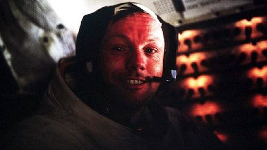 Friends, colleagues gather to remember Neil Armstrong