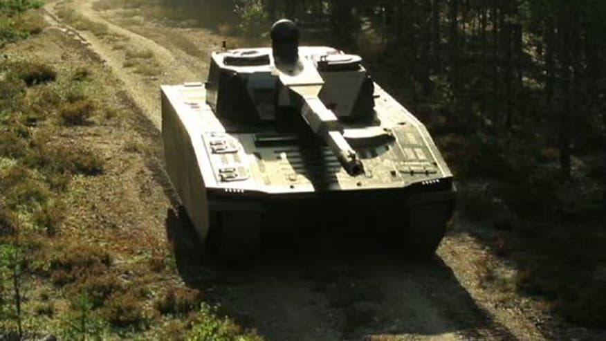 Military vehicle able to blend into the environment