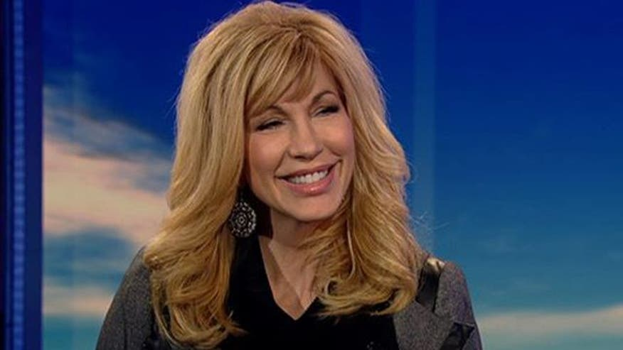 Battling Alzheimer's disease is a struggle that Emmy-winning TV personality and author Leeza Gibbons knows all too well. When her mother was diagnosed, she became an Alzheimer's advocate. Dr. Marc Siegel interviews her about resources she's developed for caretakers