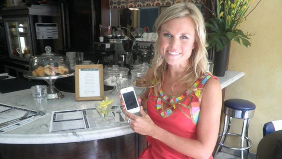 Your Smartphone is Your New Wingman in Your Dating Pursuits