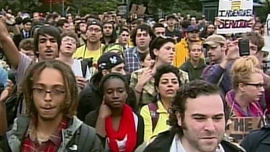 More than 800 Arrested in 'Occupy Wall Street' Protest