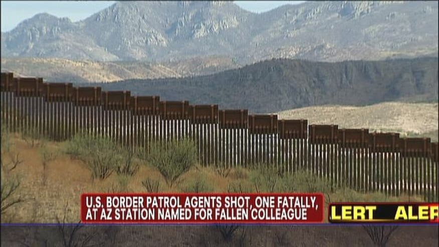 A US Border Patrol Agent has been shot just north of the border near the town of Naco, Arizona.