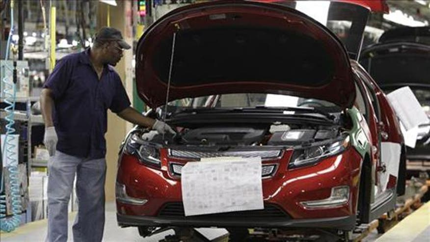 U.S. auto sector adding jobs as consumer demand for cars increases