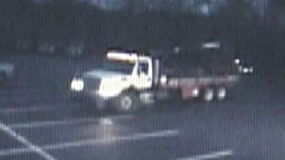 Crane Used to Steal Jeep in Indiana