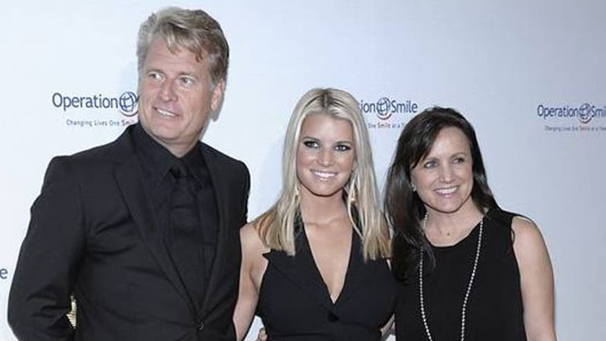 Jessica Simpson's parents divorce, deny report Joe is gay
