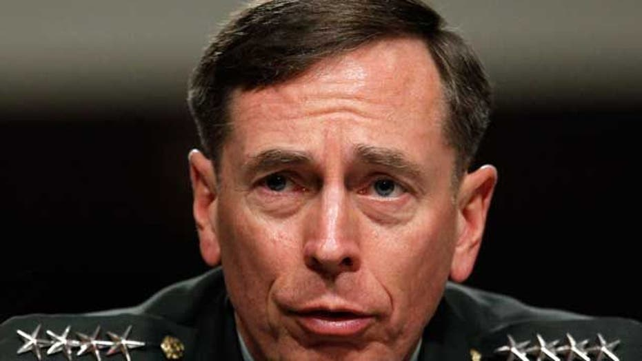 Lawmakers investigate FBI handling of Petraeus affair