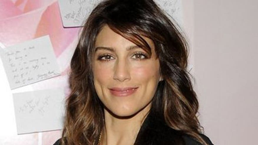 Arthel Neville exclusive interview with Jennifer Esposito