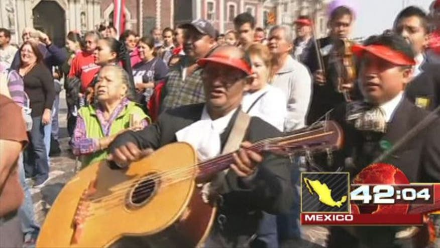 Hundreds honor Saint Cecilia in Mexico City