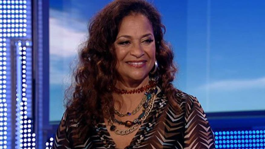 Nearly 1.5 million people are living with a pacemaker in the United States.  That number is expected to rise in the next few years because of our aging population. World-renowned dancer, actress and choreographer Debbie Allen talks with Dr. Manny about a new campaign to educate people about their options