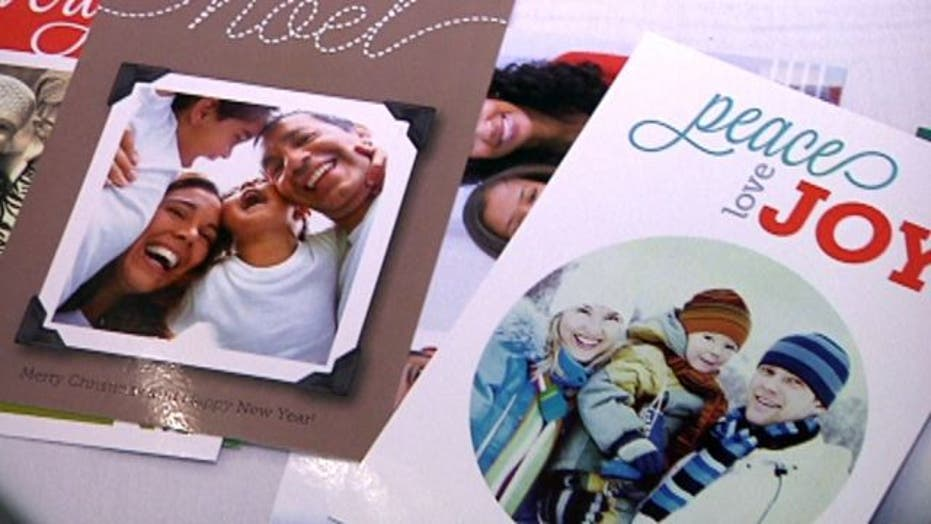 Create and send physical holiday cards on your smartphone