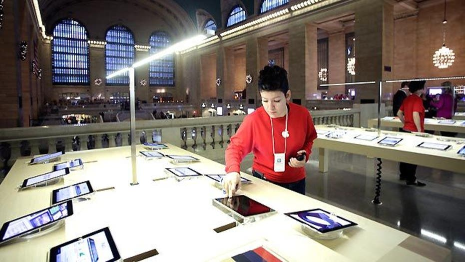 First Look at Apple's New Store in the Historic Grand Central Terminal