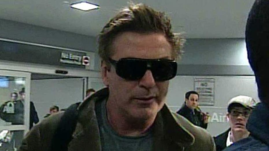 Alec Baldwin Booted from Flight