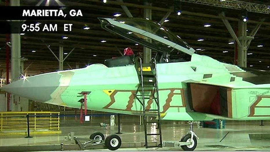 Last F-22 Raptor Rolls Off Assembly Line